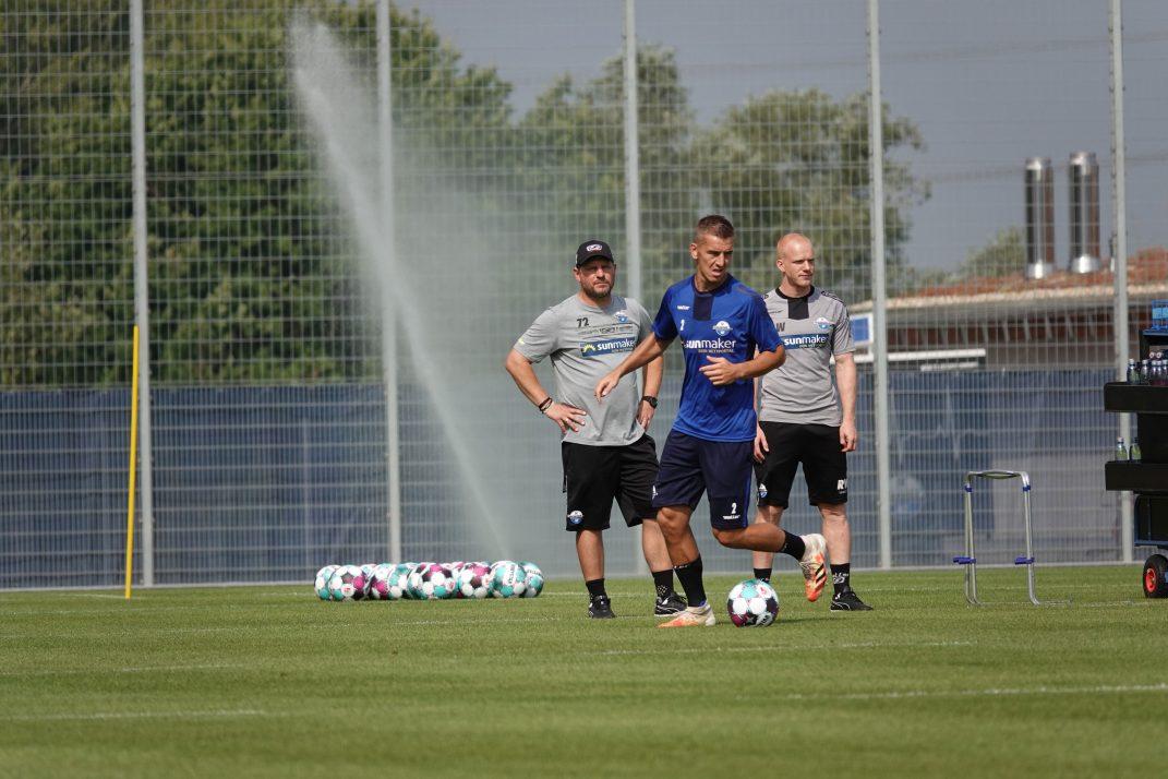SC Paderborn 07 mit Trainer Steffen Baumgart